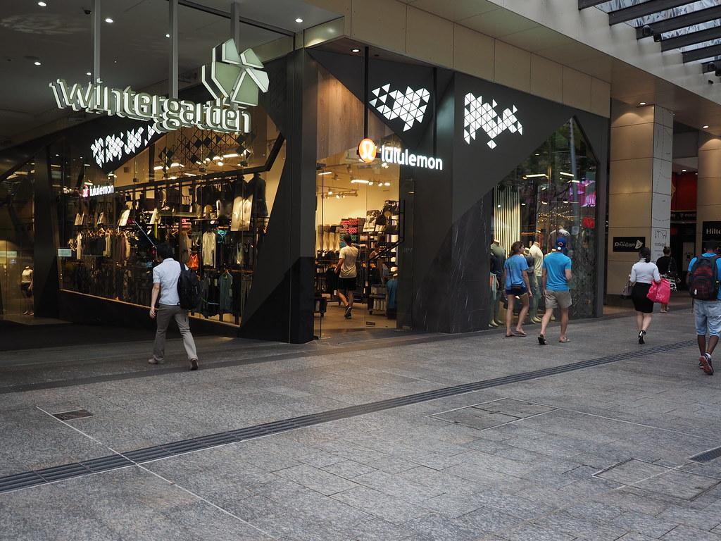 p1120160 lululemon retail store wintergarden shopping cen u2026 flickr