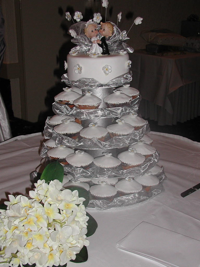 create own wedding cake cupcake wedding cake gorgeous cupcake wedding cake at a 13073