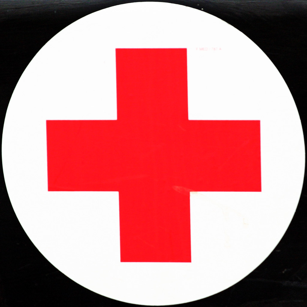 red cross | Leo Reynolds | Flickr