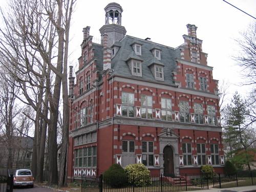 Dutch house in brookline revebleu flickr for Dutch house