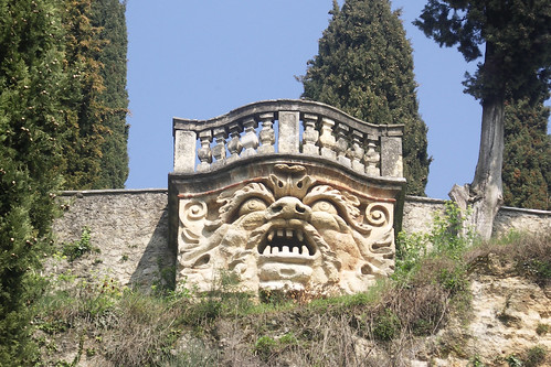 the mascherone, giardino giusti | by Martinish