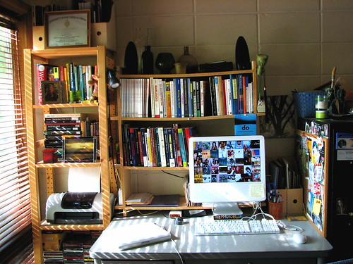 my desk: cleaned | by *w*