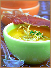 Soupe à la courge et gingembre cristallisé - Pumpkin Soup with Crystallized Ginger | by La tartine gourmande