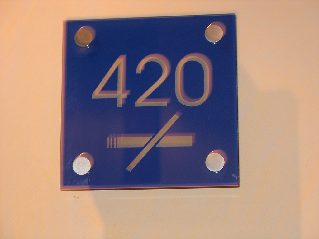 Smoking In Hotel Room Uk Law