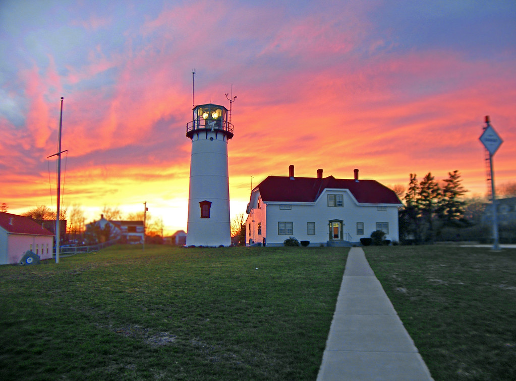 cape cod sunset at chatham lighthouse chatham massachuse flickr. Black Bedroom Furniture Sets. Home Design Ideas