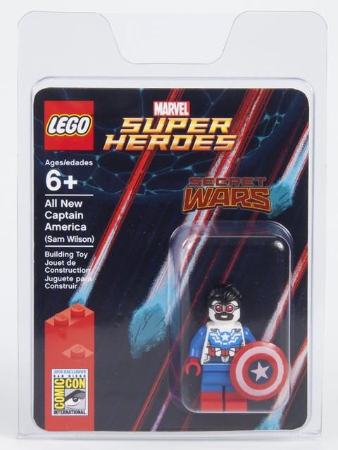 LEGO Marvel Sam Wilson SDCC 2015 Packaging