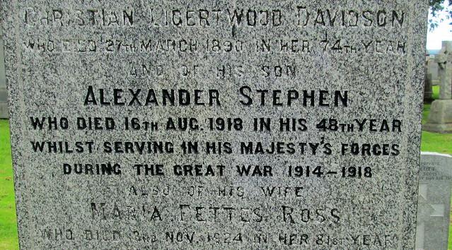 Abernethy Graveyard, War Inscription 1