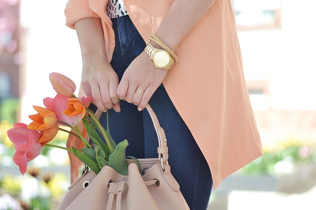 eugli-fashionblogger-ootd-outfit-lotd-look-peach-trenchcoat-waterfall