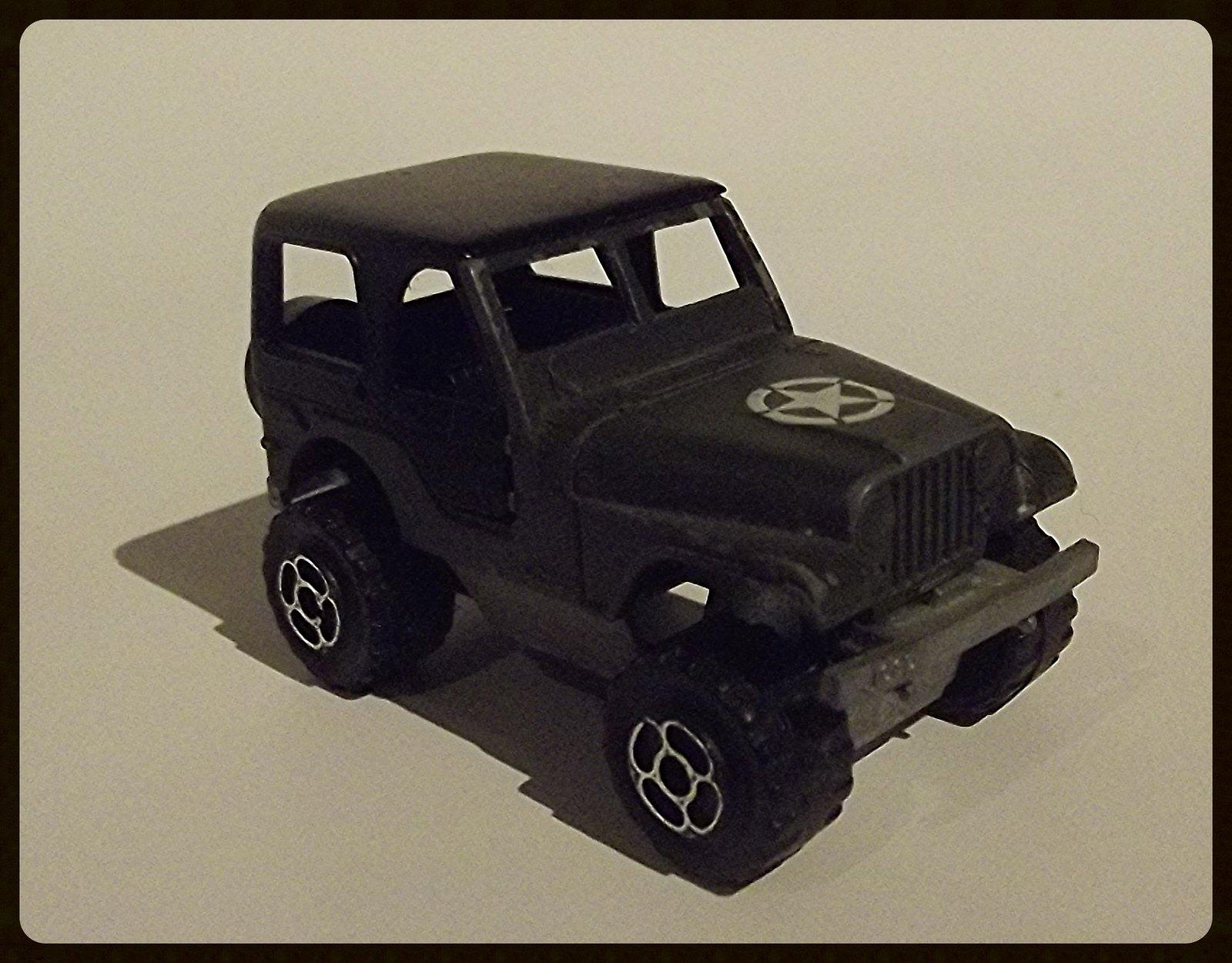 N°244 Jeep C.J. 32513262771_196332c991_h