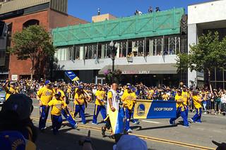 Golden State Warriors - Victory Parade Hoop Troop