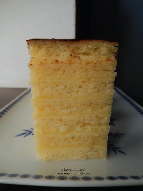 prajitura cu foi, crema de vanilie si cacao