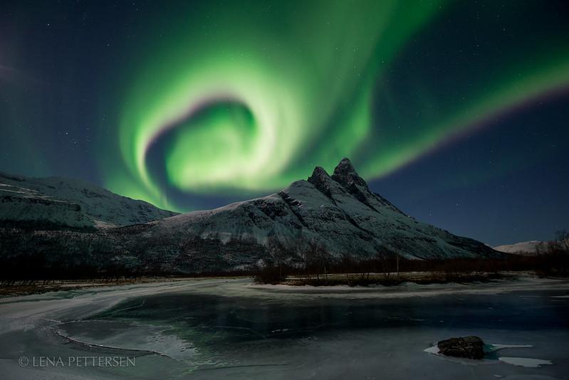 Aurora circle