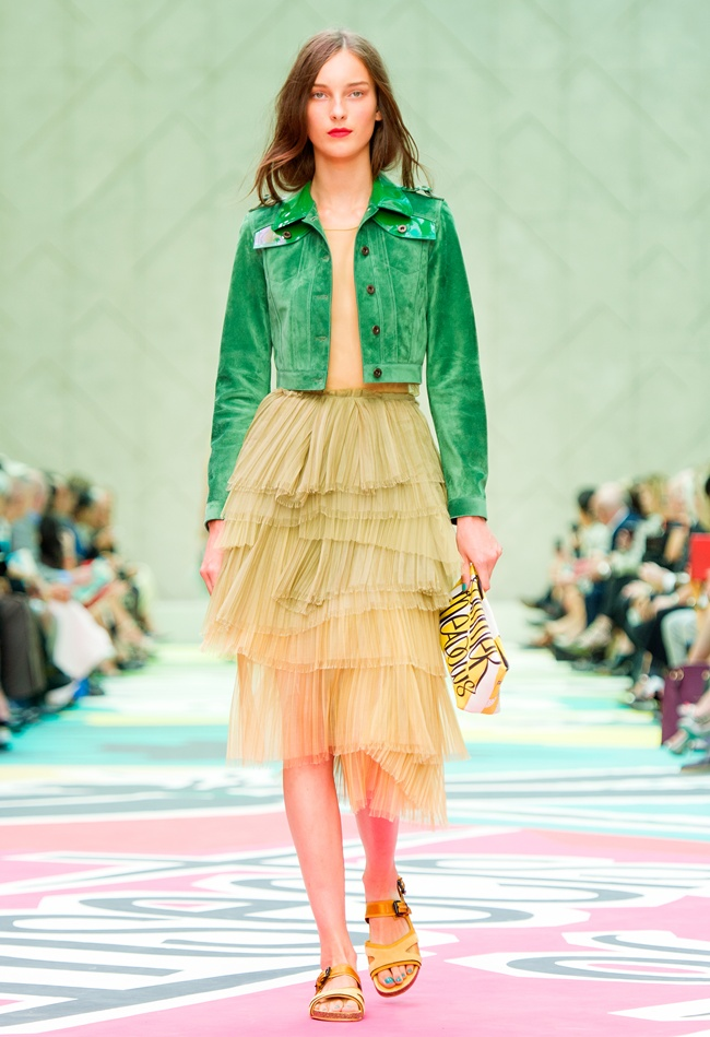 4 Burberry Prorsum Womenswear Spring Summer 2015