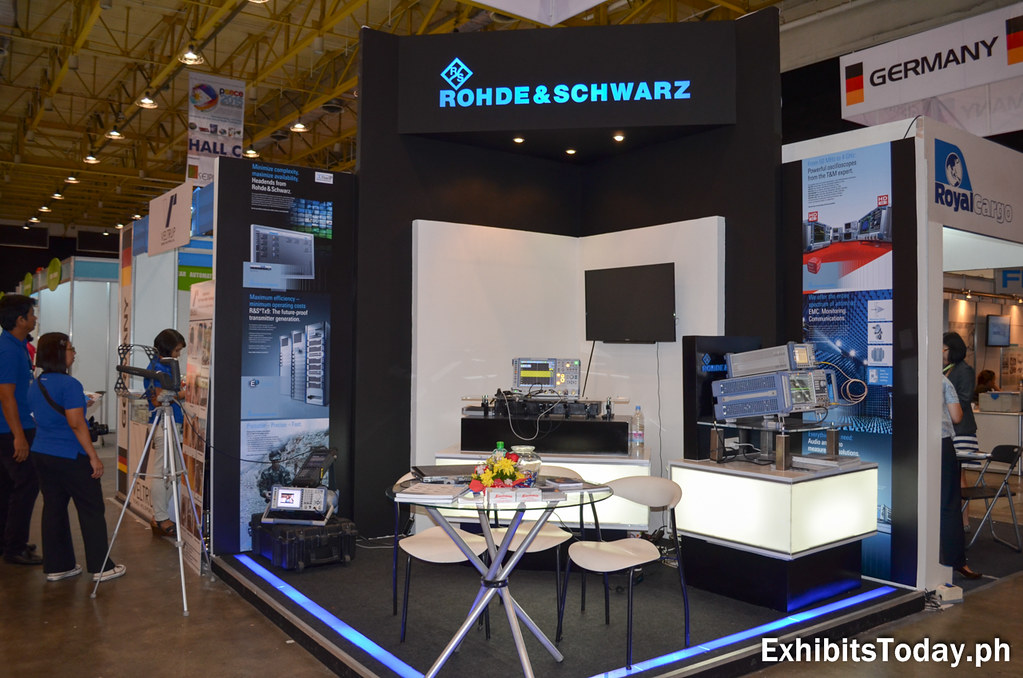 Rohde & Schwarz Exhibit Booth