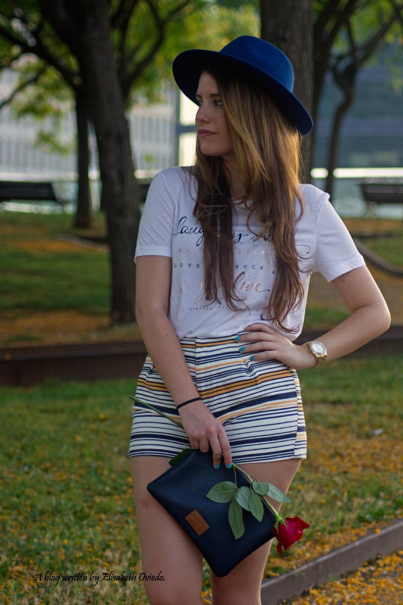 shorts stradivarius sombrero clutch azul  (2)