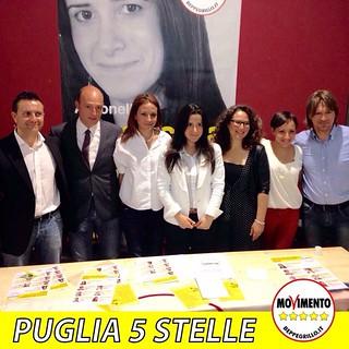 Conversano- Antonella Laricchia e Viaviana Guarini incontrano la cittadinanza in piazza della conciliazione
