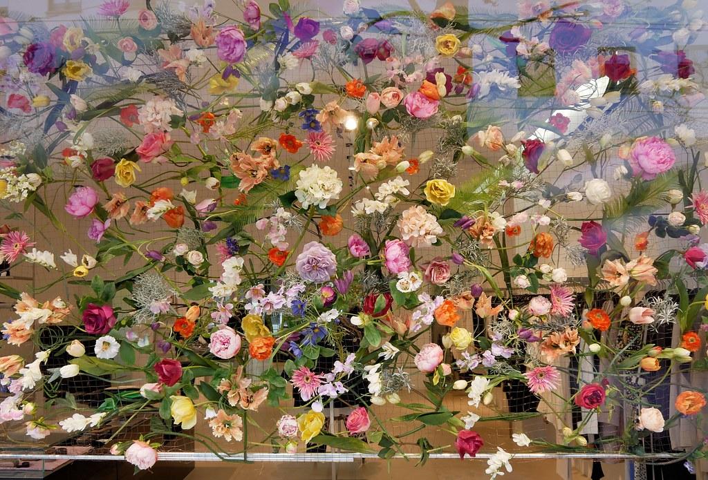 Frühlingsdeko frühlingsdeko im bekleidungsgeschäft decoration i flickr