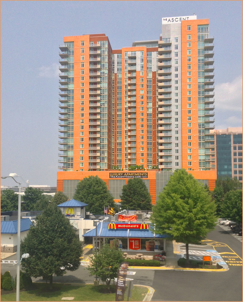 Tysons Corner Apartments: The Ascent Luxury Apartments -- Tysons Corner (VA)