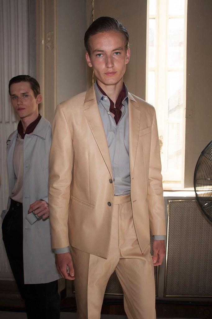 SS16 Milan Corneliani269_Yulian Antukh, Frederik Ruegger (fashionising.com)