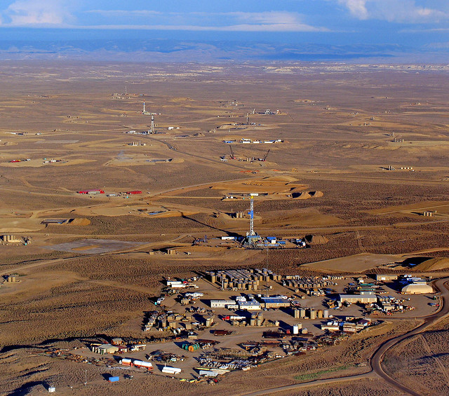 Photo of Fracking in Wyoming