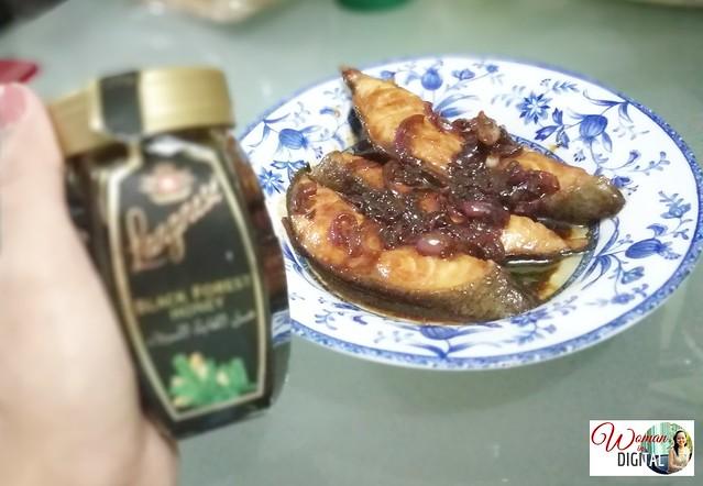 Woman-In-Digital-Langnese-Honey-Fish-Recipe