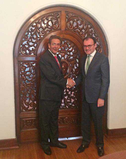 Se reúne Gobernador Toranzo con secretario de hacienda Luis Videgaray