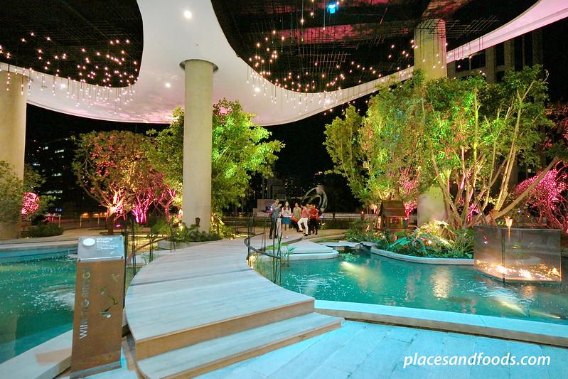 emquartier bangkok water garden