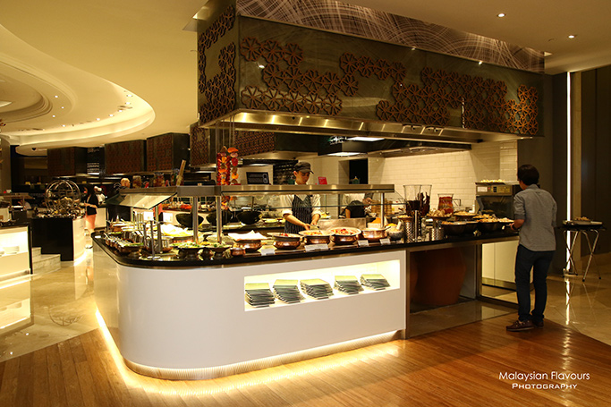 traditional-feast-at-latest-recipe-le-meridien-kl-kl-sentral