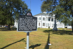 101 Madison Parish Courthouse