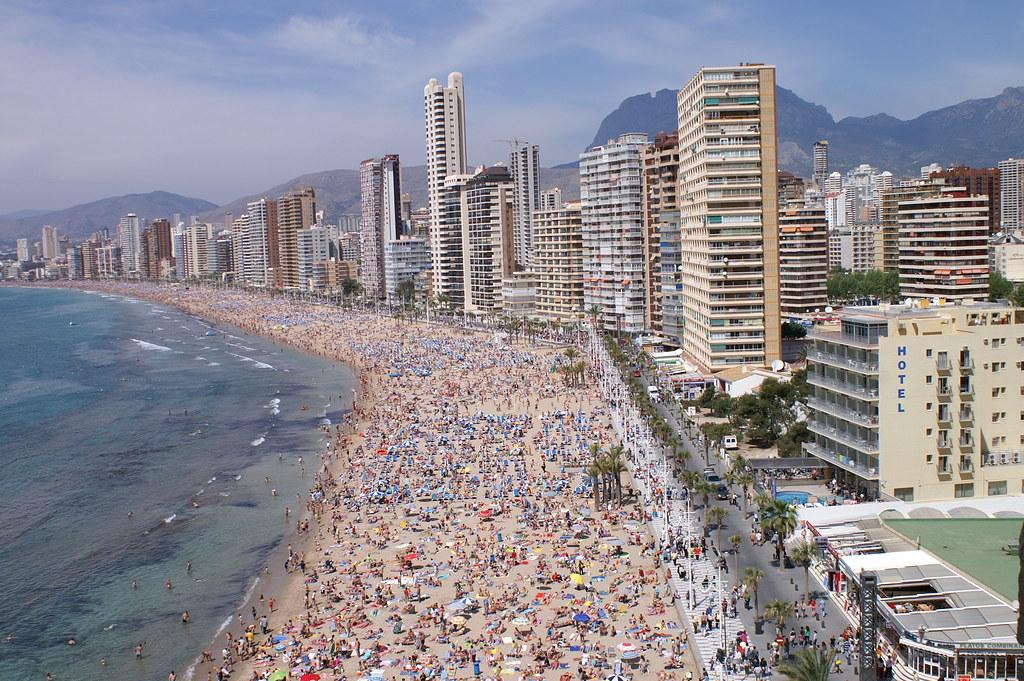 Benidorm playa levante de d a aspecto de la playa de benid flickr - Alicante office de tourisme ...