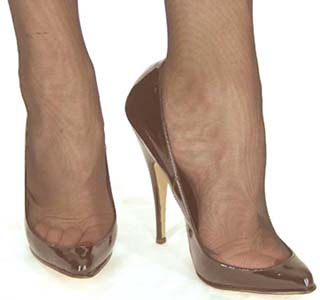 toe cleavage pump not my feet the deepest cut vamp