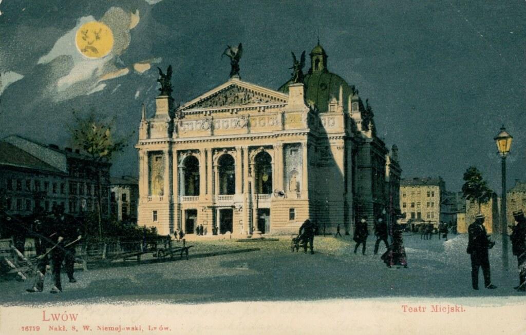 Ancienne carte postale de l'Opera de Lviv construite en 1900.
