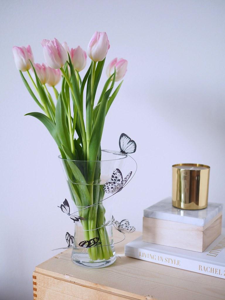 perhosista-koriste-maljakkoon