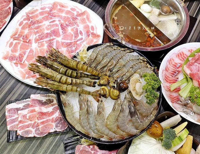 38 丰明殿 信義殿 超大肉盤 涮涮鍋 痛風海鮮盤