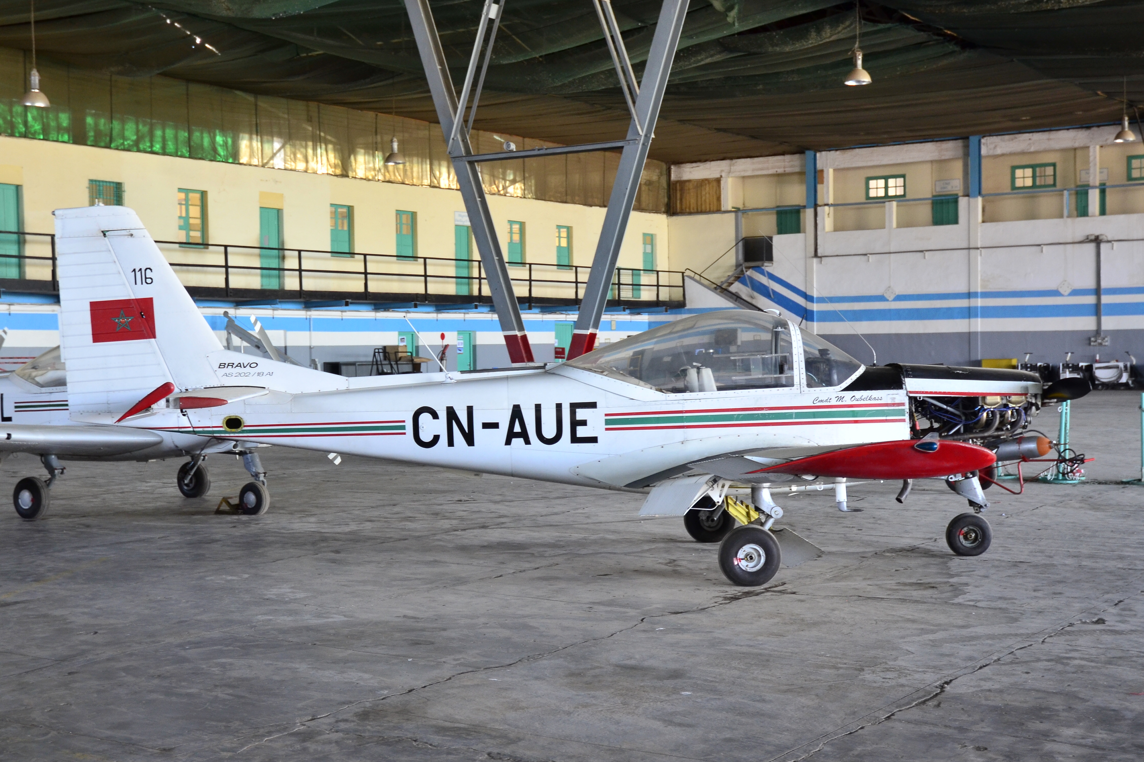 FRA: Photos avions d'entrainement et anti insurrection - Page 9 32447780711_c0e09e0883_o