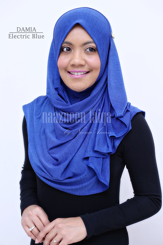 Damia (Electric Blue)