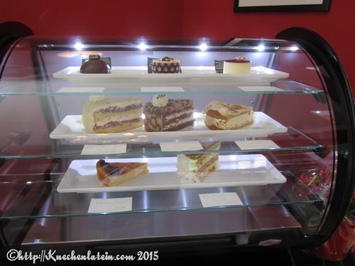 ©Kuchenvitrine Café Alte Schule in Tüttendorf