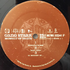 GANGSTARR:A MOMENT OF TRUTH(LABEL SIDE-F)