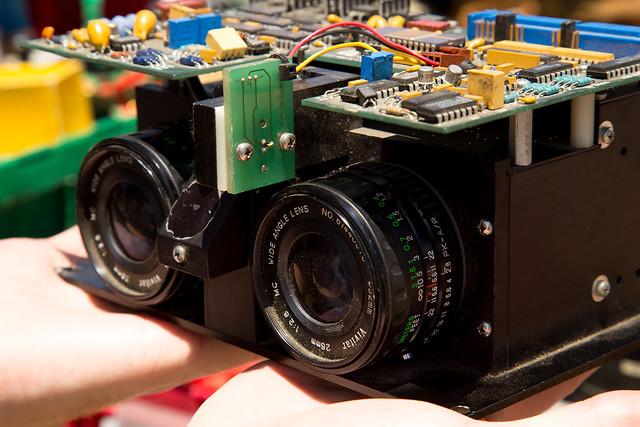 Unknown Steroscopic Vision & Circuitboard. Machinejpg