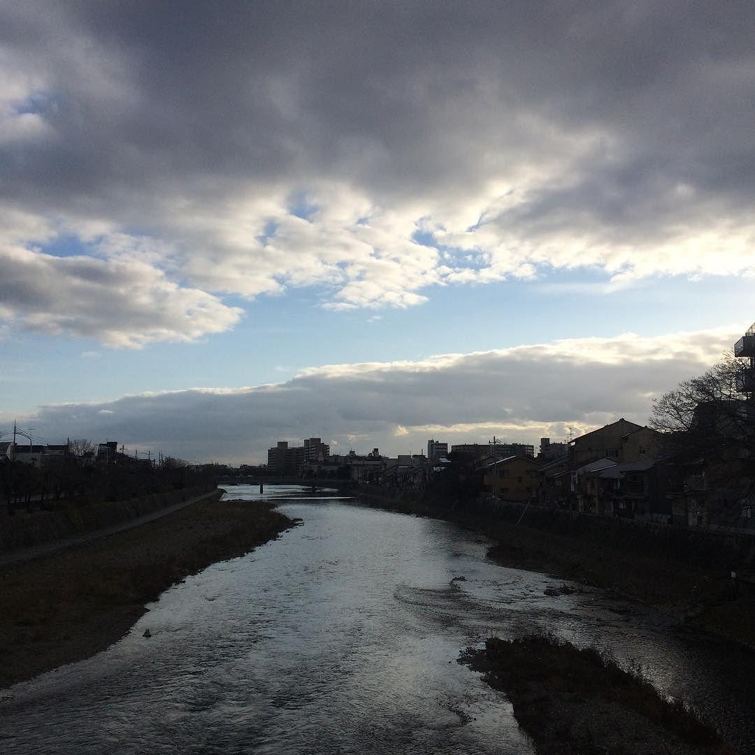 #今日の鴨川 #kyokamo #sky #イマソラ 雪はもうない