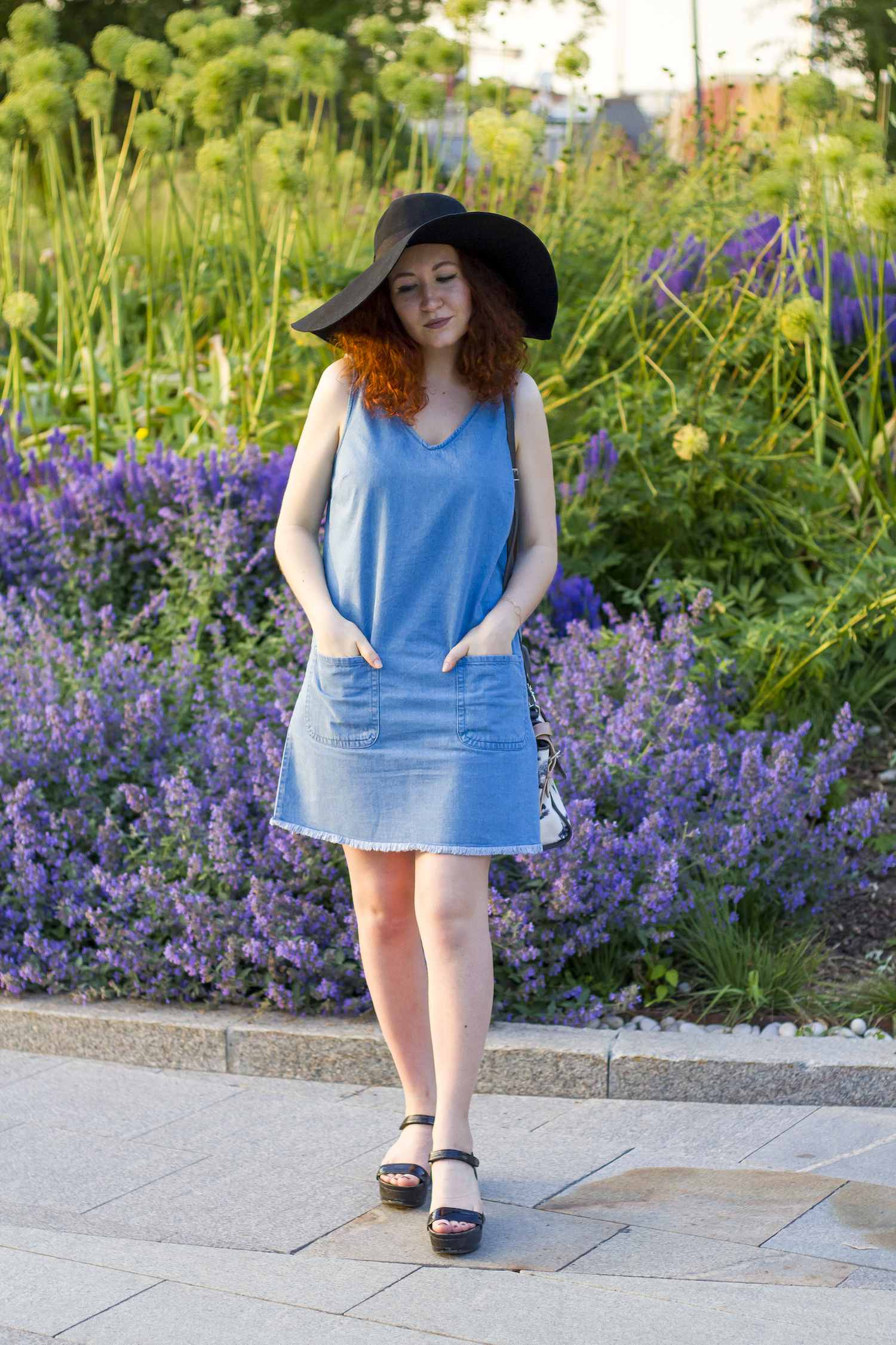 enn franco says asos hat new look denim dress carven bag prada sandals fashion blog