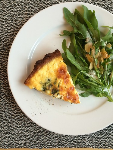 gluten-free grain-free bacon and cassava flour crust spinach quiche with salad