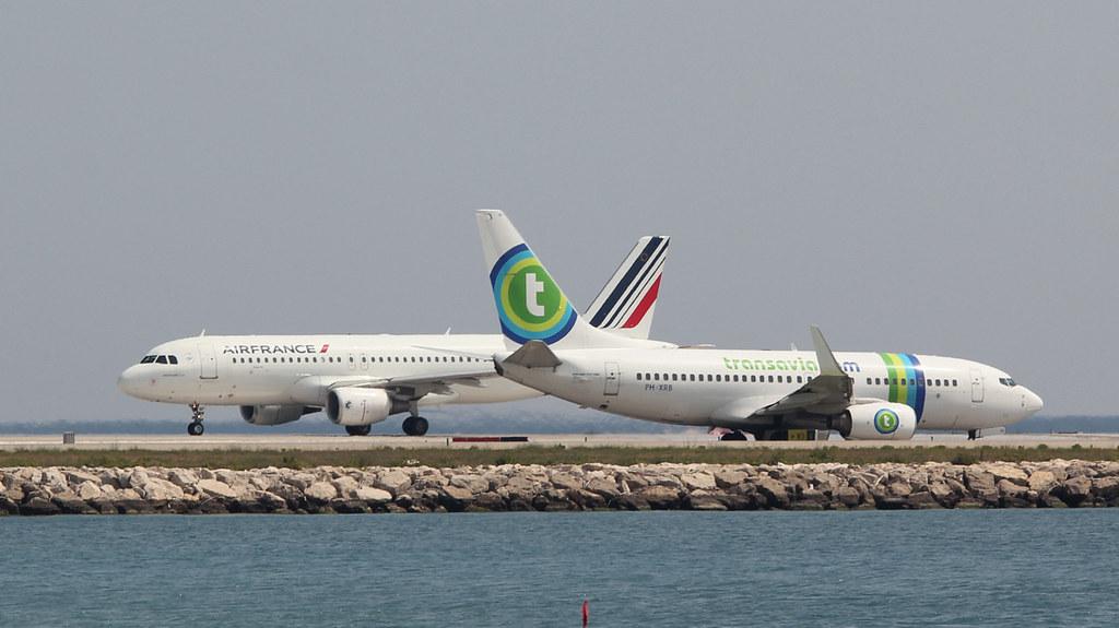 Aéroport Nice Côte d'Azur - LFMN/NCE Juillet 2015   19184296748_7f6f5b157a_b