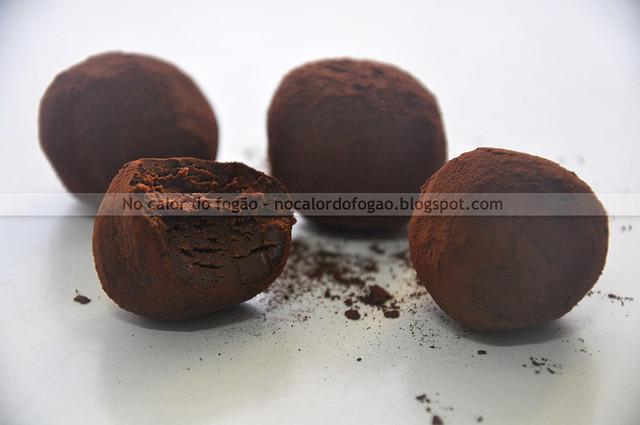 Trufas de Nutella (uma meio comida)