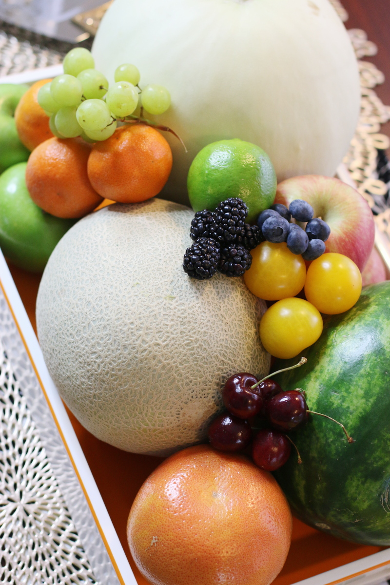 NYE-traditions-13-round-fruits-4