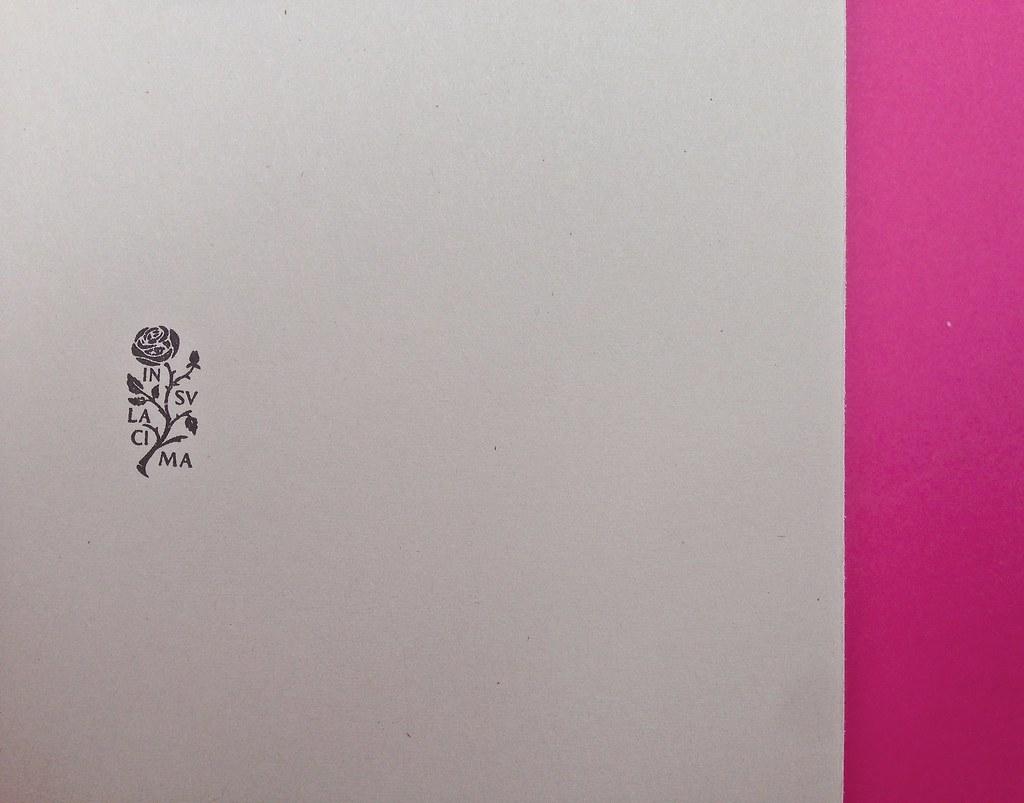 Alberto Milazzo, Uomini e insetti. Mondadori 2015. Art director Giacomo Callo; graphic designer Andrea Geremia. Pagina dell'occhiello, a pag. 1 (part.), 2