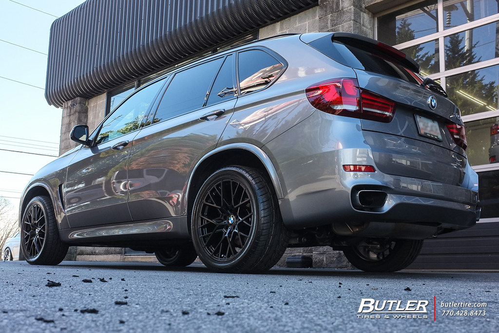 Bmw X5 With 20in Tsw Sebring Wheels And Toyo Proxes Stii T