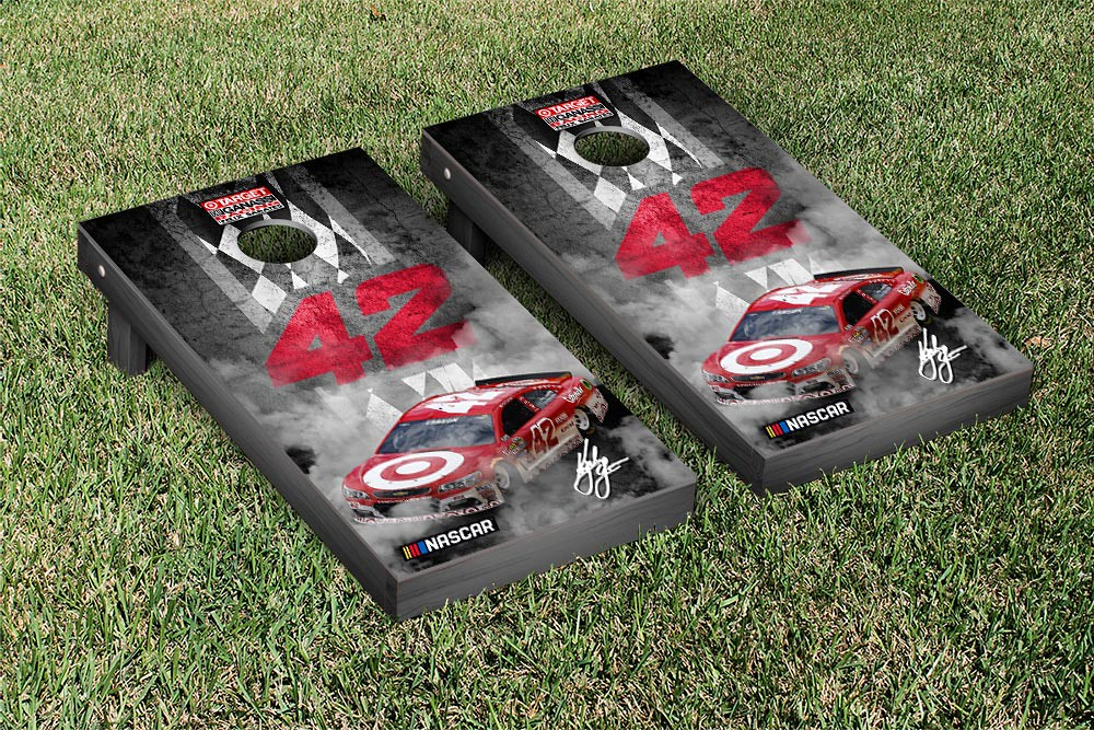 KYLE LARSON #42 CORNHOLE GAME SET CONCRETE VERSION (1)