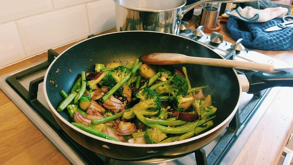 Meat-Free January - Broccoli and bean stir fry
