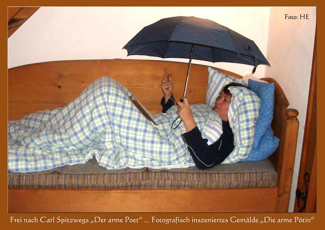 """Frei nach Carl Spitzwegs """"Der arme Poet"""" ... Fotografisch inszeniertes Gemälde: Brigitte Stolle, """"Die arme Pötin"""" ... Foto: Harold Eisele, Mannheim"""